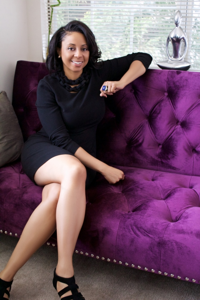 Phylencia-PT-Taylor-purple-couch-lounge-640x960