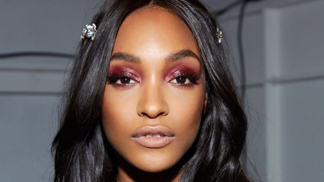 The Unexpected Eye Shadow Color It Girls Are Obsessed With