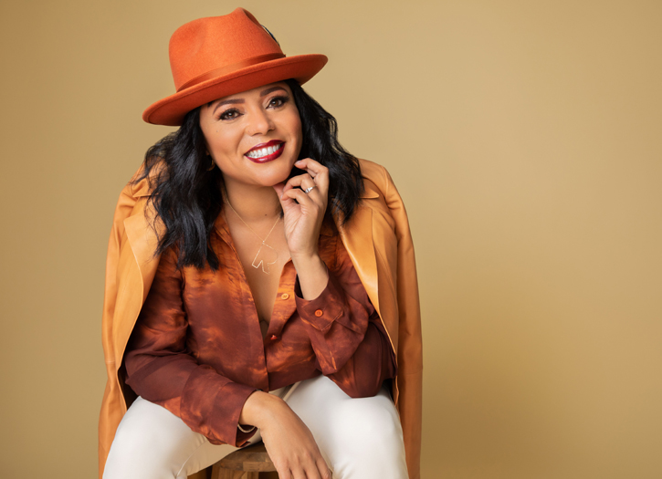 Rikki Hughes Discusses Her Start in Comedy, Dave Chapelle, & More!