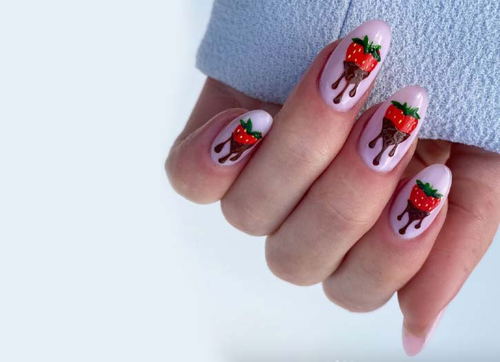 Valentine's Day Nails to Get You In the Lovey Spirit